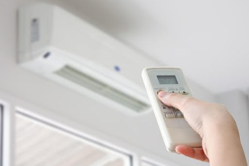 Air Conditioning Systems: 7 Signs That Repairs Are Needed