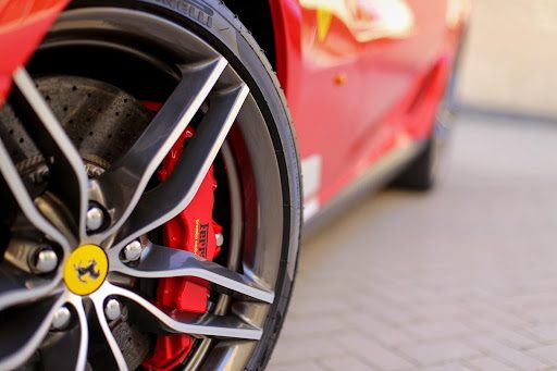 5 Important Tips for Driving a Supercar
